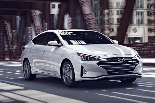 2020 Hyundai Elantra   Specs, MPG Ratings & Safety Features