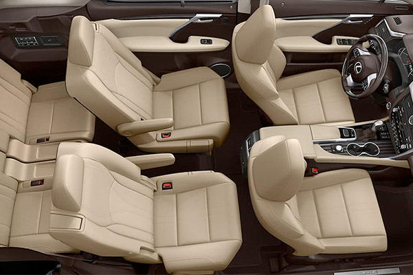 The 2019 Lexus RX L interior