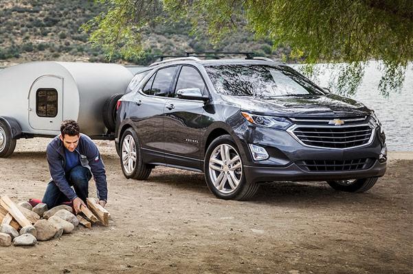New 2019 Chevrolet Equinox SUV   Chevy SUV Sales near Boston, MA