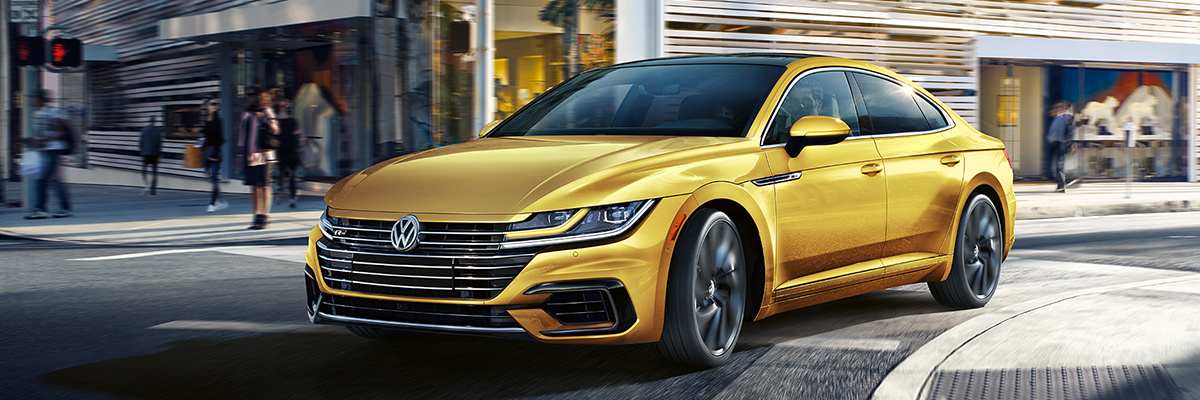 2019 Volkswagen Arteon on road
