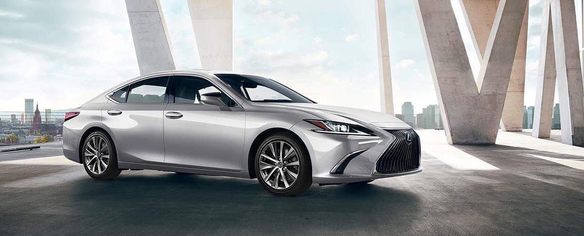 2020 Lexus ES header