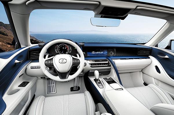 2021 Lexus LC 500 convertible interior dash