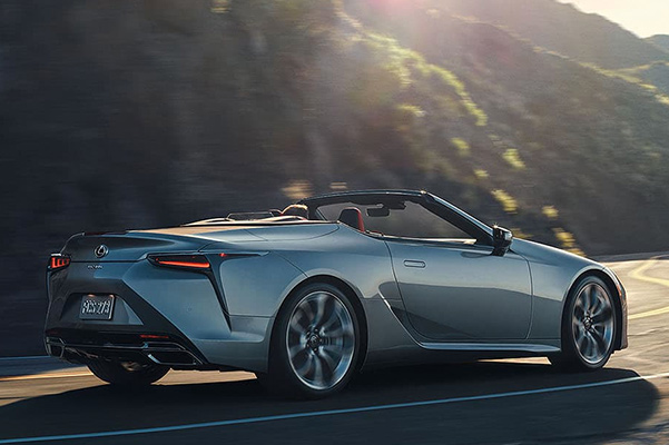 2021 Lexus LC 500 convertible rear