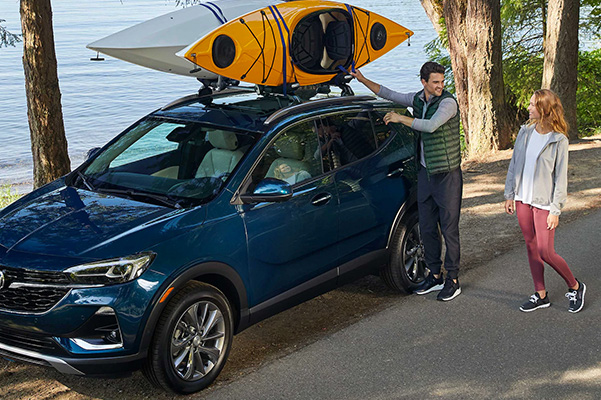 2020 Buick Encore GX loading rooftop with kayak