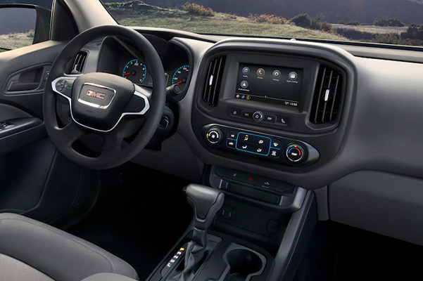 2021 GMC Canyon interior dash
